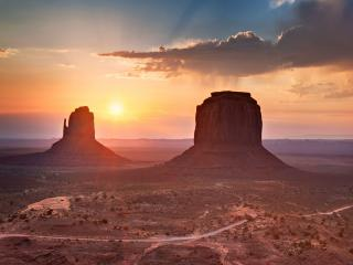 Photograph of Enchanting Canyonlands